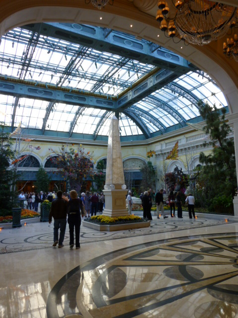 Bellagio%20court%20-%202.JPG