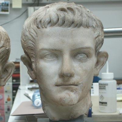 Caligula-1.jpg