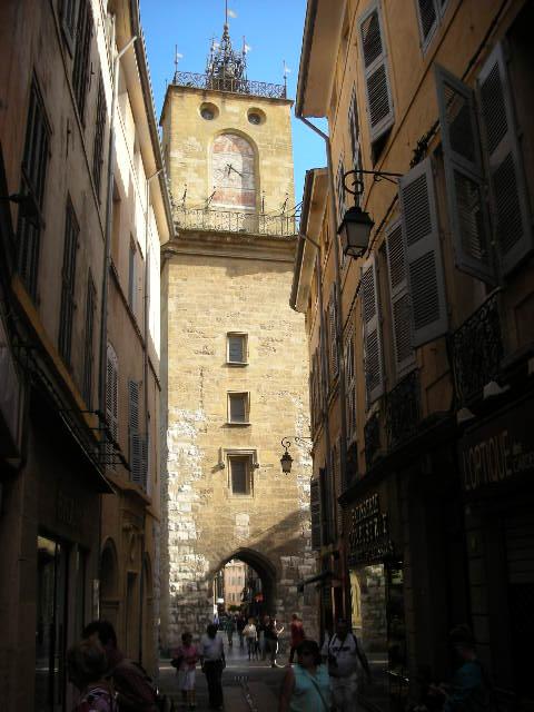 Clock%20tower%20-%20Aix-en-Provence.jpg