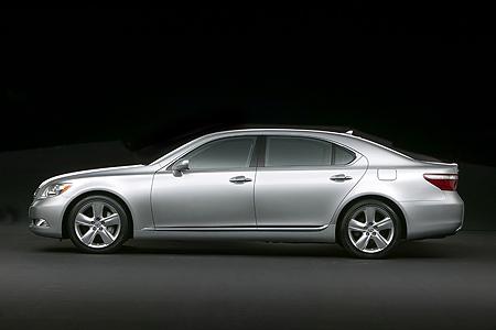 Lexus%20LS%20460%20side.jpg
