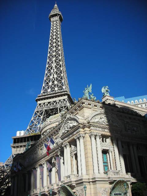 Paris%20exterior%2C%20tower%20-%202.jpg