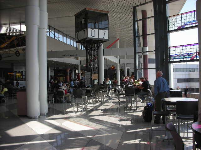 Terminal%20interior%20-%201.jpg