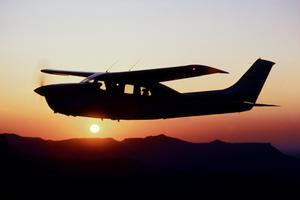 Cessna.Cardinal_01_LOT352.lg