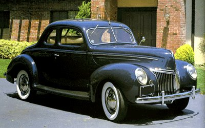 Ford Deluxe Coupe - 1939.jpg