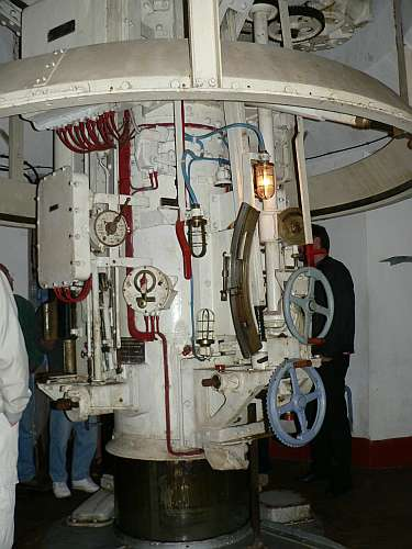 Hackenburg turret-raising mechanism.jpg