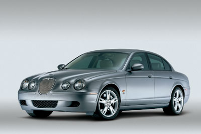 Jaguar S-Type - 2005.jpg
