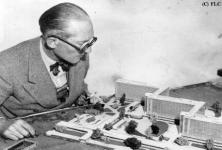 corbusier and city01-thumb.jpg
